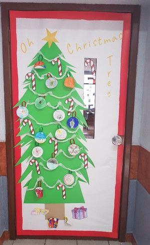 door decoration (3) 2